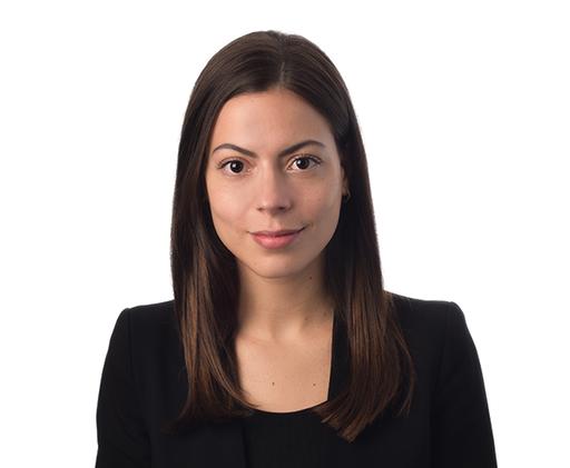 Me Lisandre Bédard-Venne, avocate, Dunton Rainville